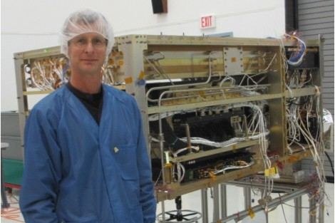 Dr. Scott Nutter in front of research equipment