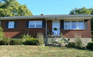207 Savoy Road In Highland Heights